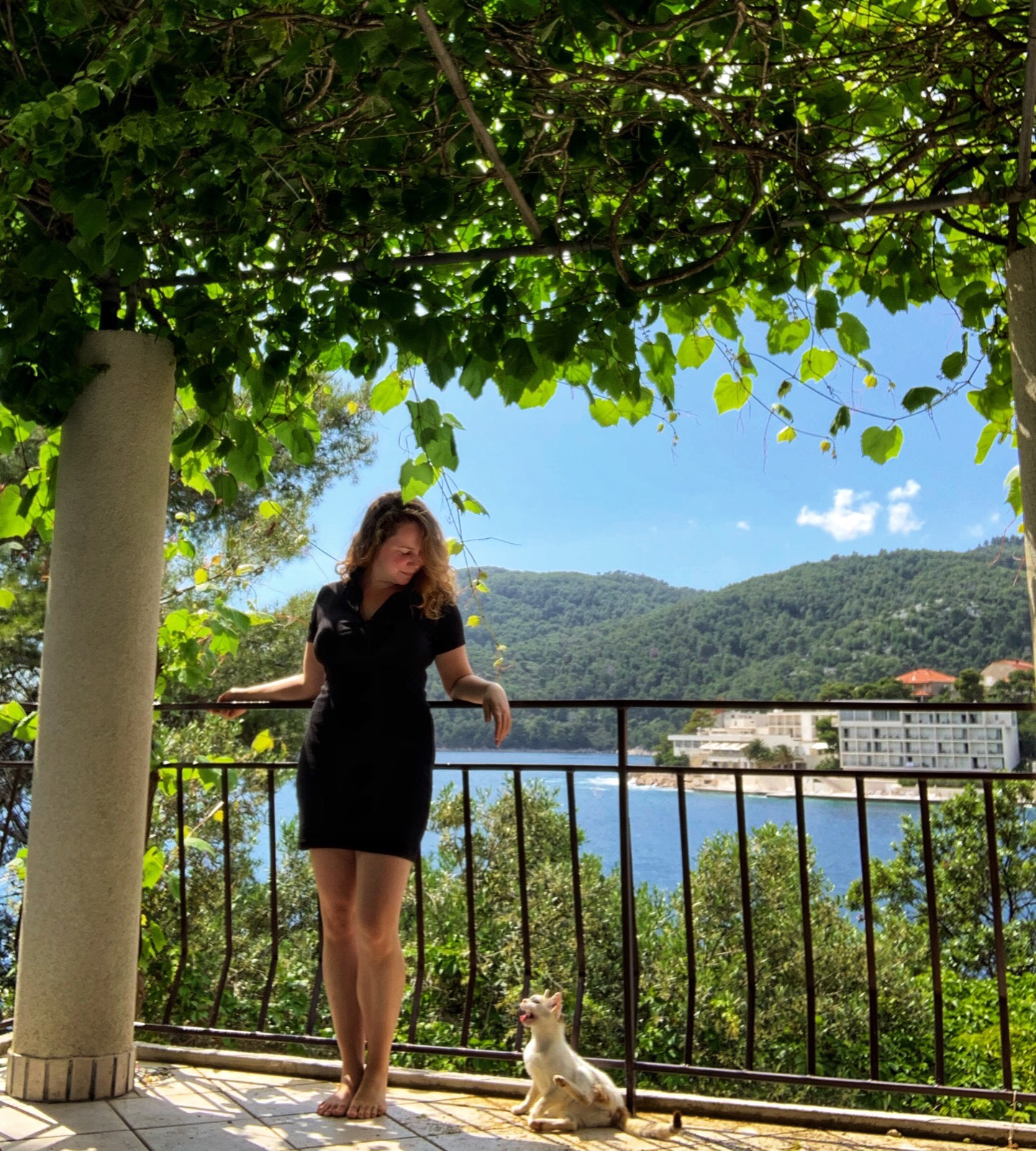 Taking selfies with a cat traveling on the Croatian island of Korcula