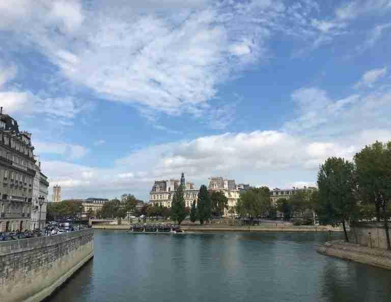 Bonjour, Paris! A Month In Paris