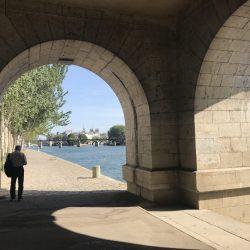 La Flâneuse: Exploring Paris by Foot