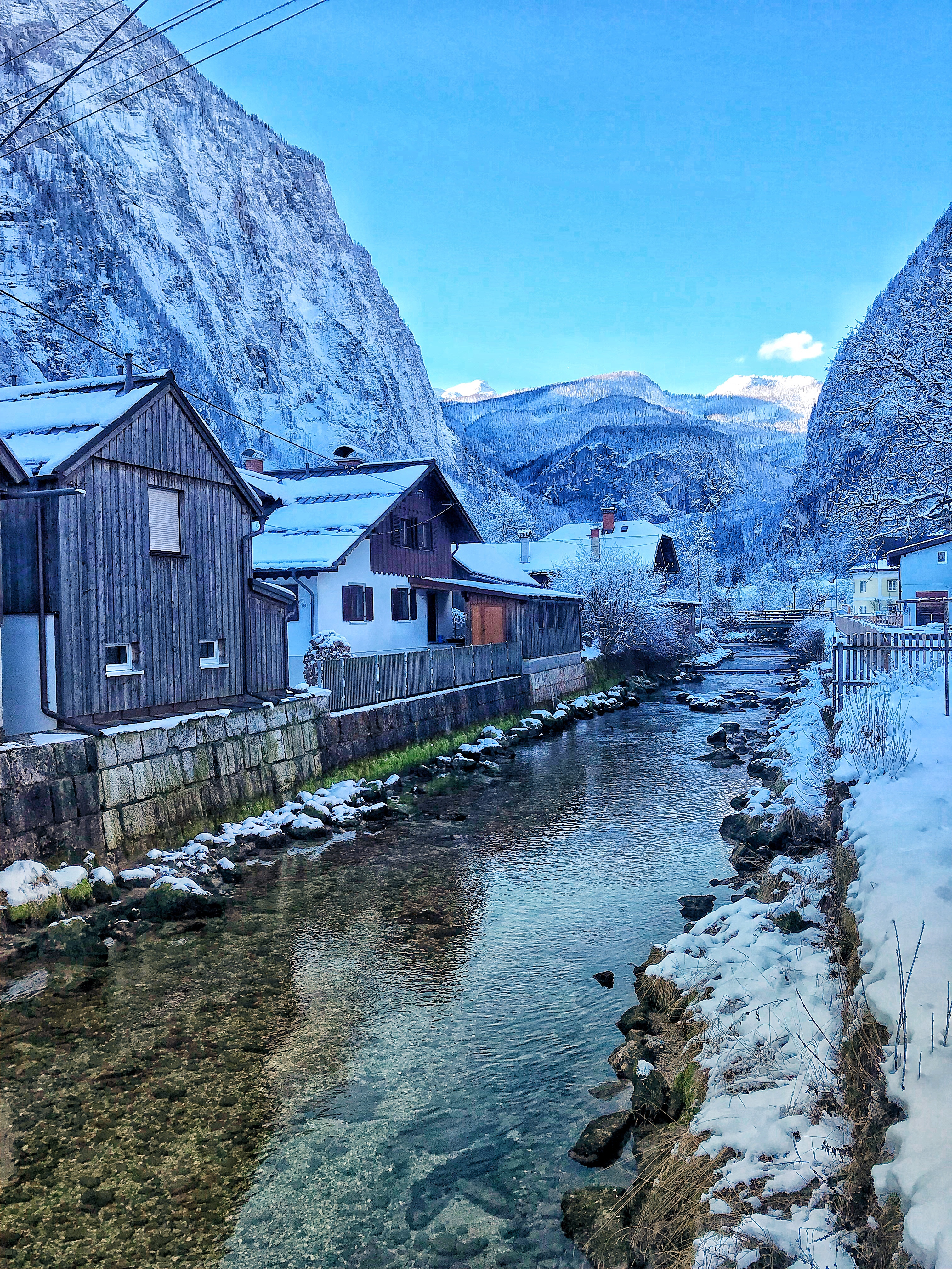Hallstatt Austria river in winter
