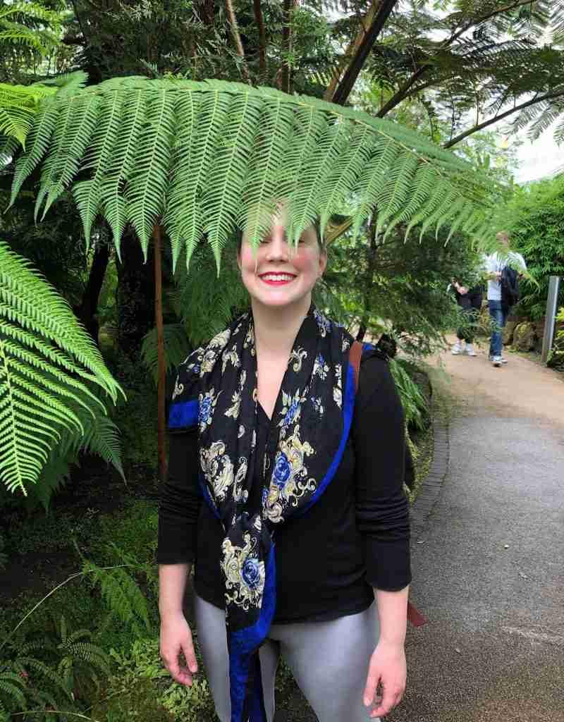 solo female traveler in Glasgow botanical gardens